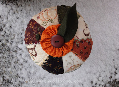 Pumpkin Pie Pincushion, top view