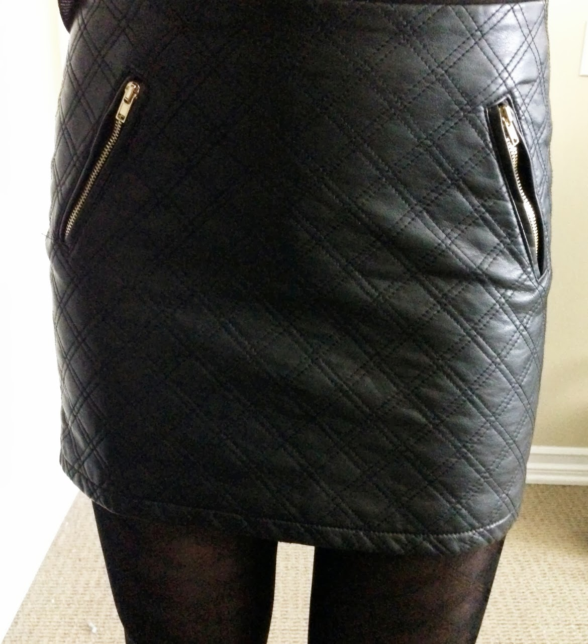 My Superficial Endeavors: Express (Minus the) Leather Quilted Mini ... : quilted leather skirt - Adamdwight.com