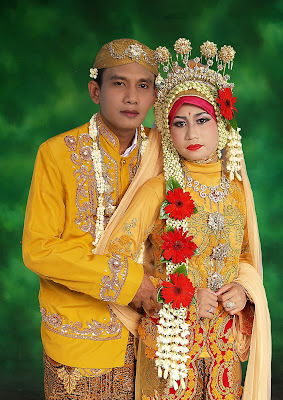traditional wedding dresses