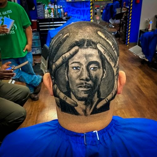 15-Rob-the-Original-Drawing-on-Peoples-Heads-www-designstack-co