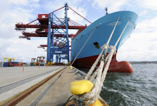 Indonesia Leans on Singapore for Maritime Sector Investment