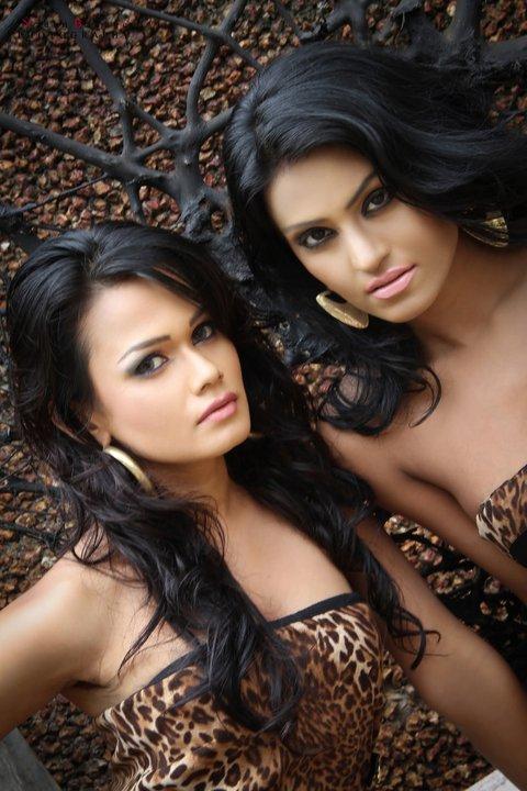 Sri Lankan Hot Model Nilushi & Subodani