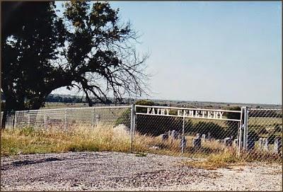 Paranormal Road Trip: Destination Fairy, Texas cemetery