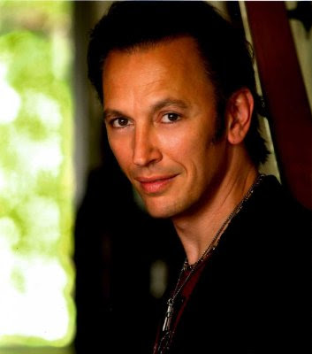 pictures Steve Valentine