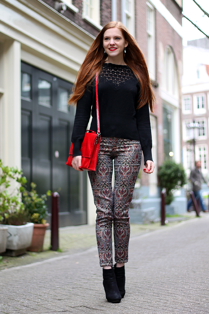 Colourful pants lace sweater outfit fashion blogger Amsterdam