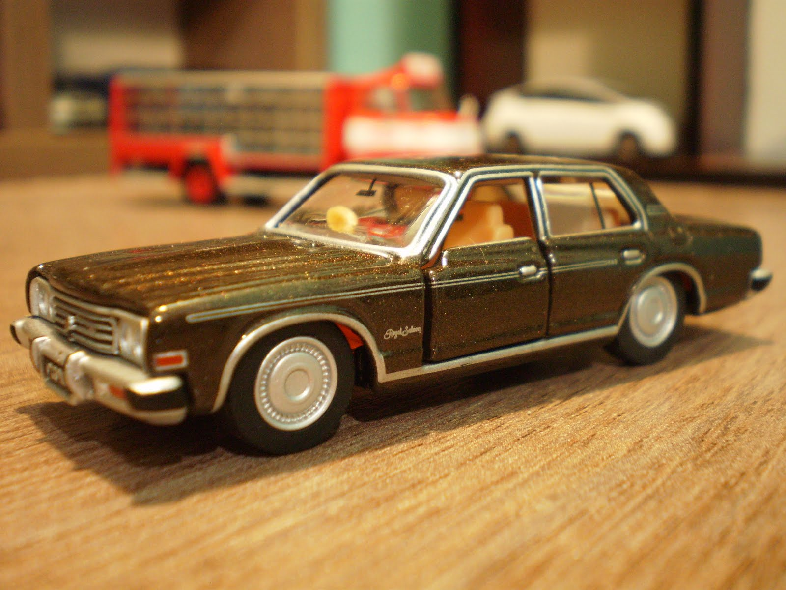 1 64 Die Cast Toy Cars Tomica Limited Toyota Crown 2600 Royal Saloon
