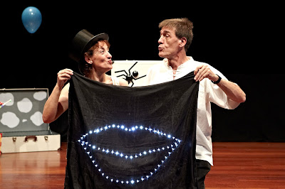 """""""Besos"""" teatro para niños en Matadero de Madrid"""