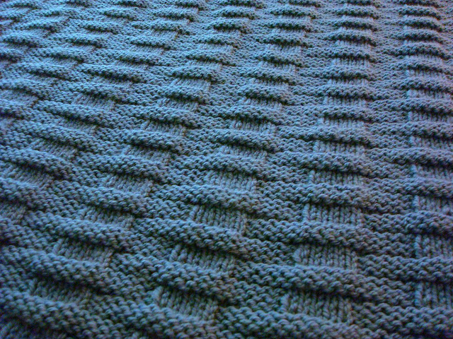Easy Knit Patterns For Blankets : easy and free: simply beautiful baby blankets to knit - Knitionary