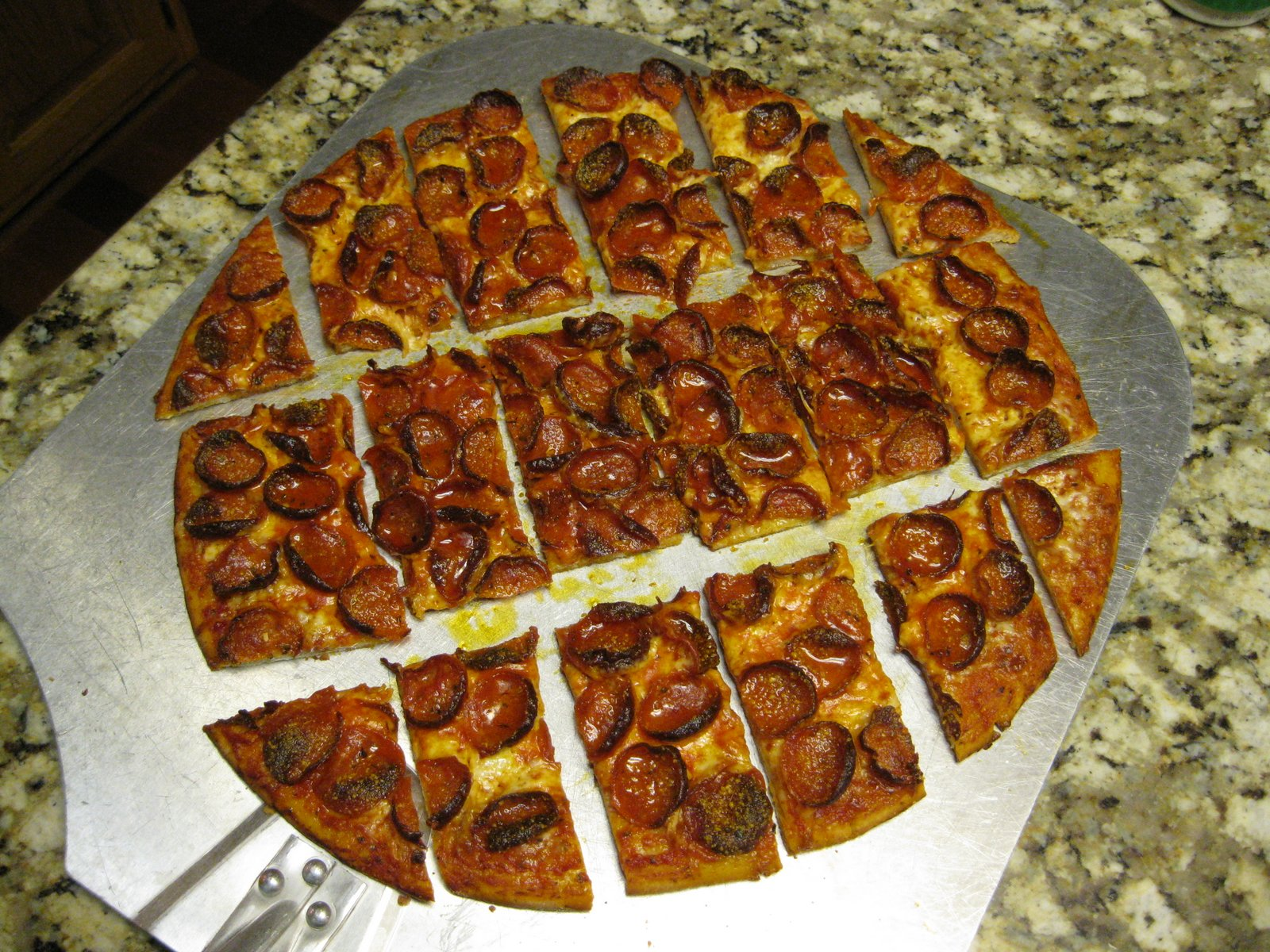 How To Make A Frozen Pizza Ryans Pizza Blog How To Make A Perfect Donatos Clone