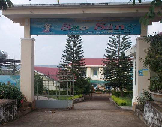 Gia Lai: Hiệu trưởng trường mầm non công lập lạm thu tiền giấy vệ sinh, cắt tỉa cây cảnh