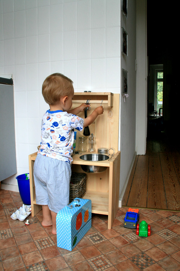 Diy Wooden Play Kitchen diy: a simple, wooden playkitchen | artsy ants