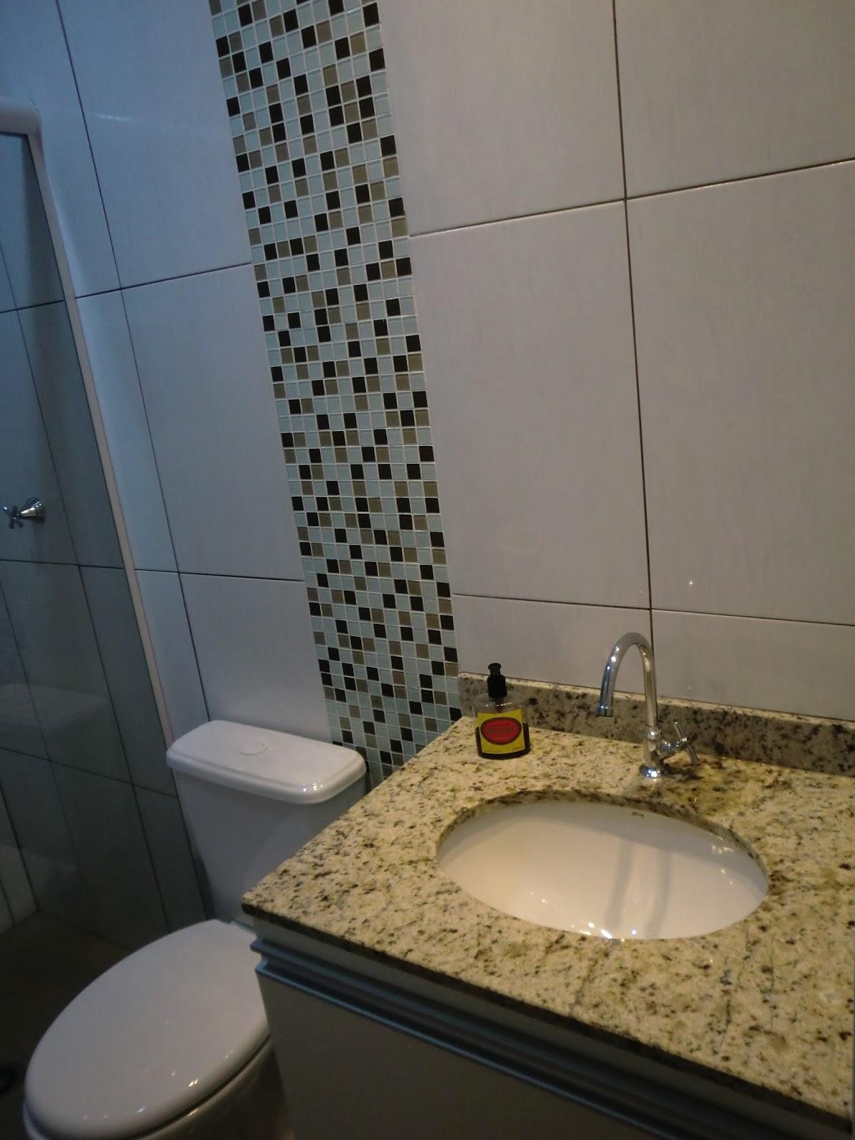 Gostoso ver casa nova nao? Nossos amigos estao muito felizes e ja se  #896B42 1200x1600 Banheiro Bege Com Vaso Preto