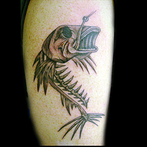 fish skeleton tattoo tattoos facebook. Black Bedroom Furniture Sets. Home Design Ideas