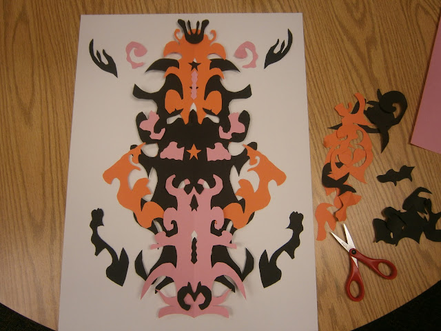 Cut Paper Symmetry Art Lesson Plan with Color Contrast