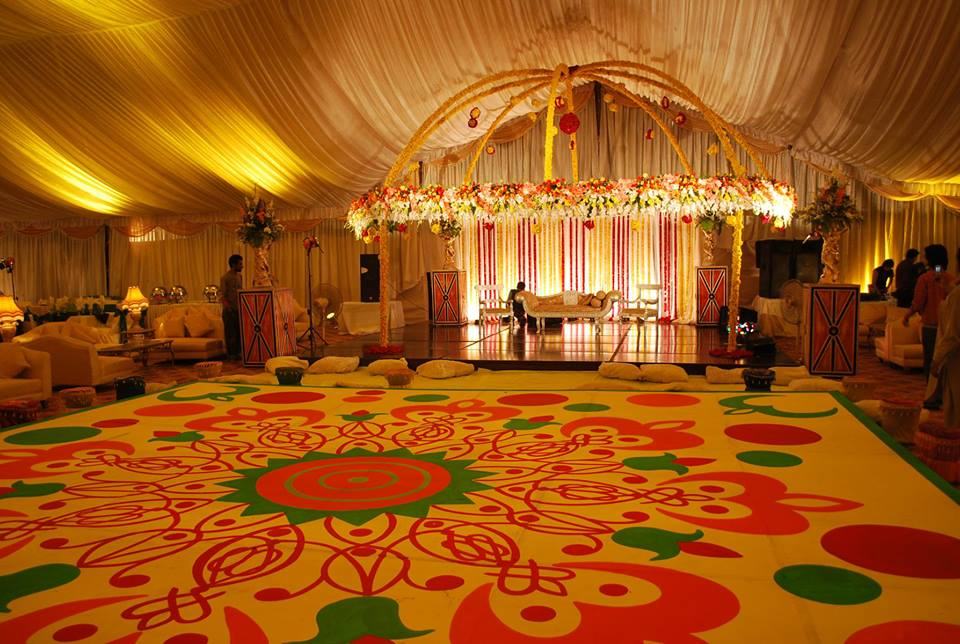 Mehndi Decoration Hall : Beautiful design of hall for mehndi functions ideas u