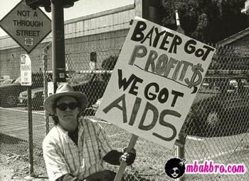 demonstran menentang Bayer