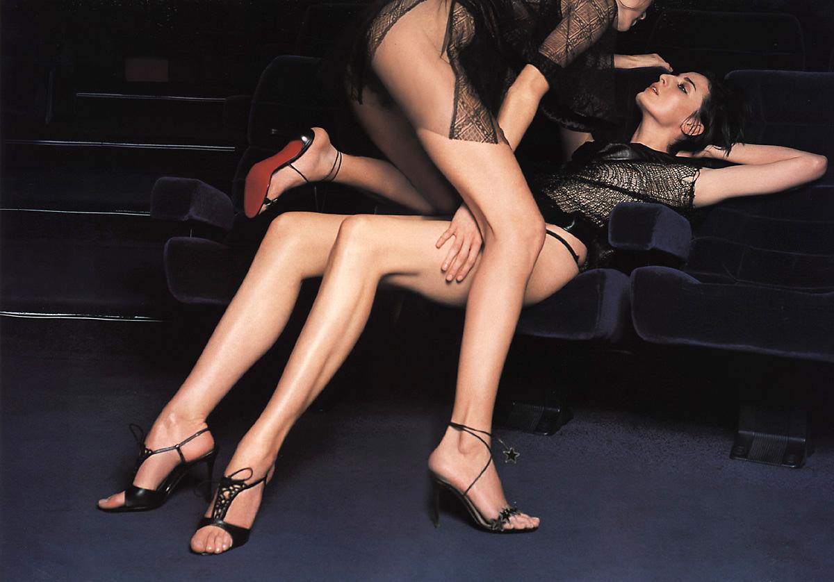 Lesbians Leg 33