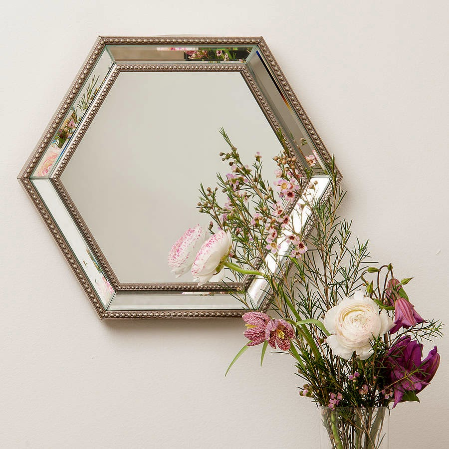 10 espejos vintage para una decoraci n de poca for Espejos rectangulares plateados