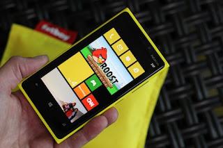 Nokia+Lumia+920 10 Smartphone dengan Kamera Terbaik