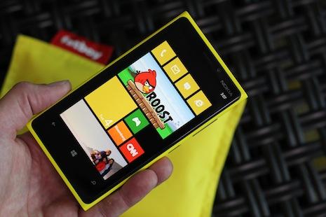 Nokia+Lumia+920 Inilah 10 SmartPhone Terbaik 2013