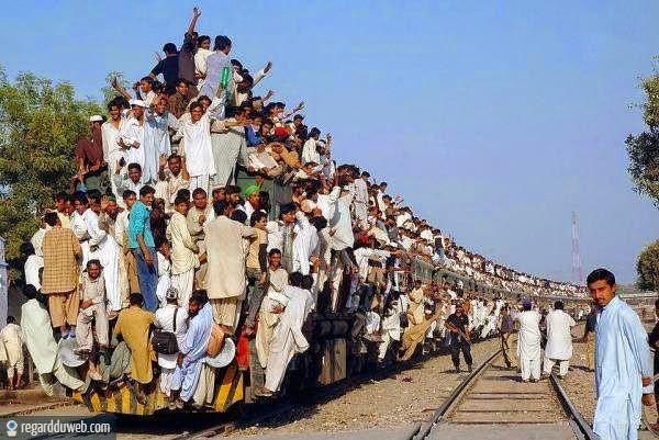 تسطيح الركاب فوق القطار
