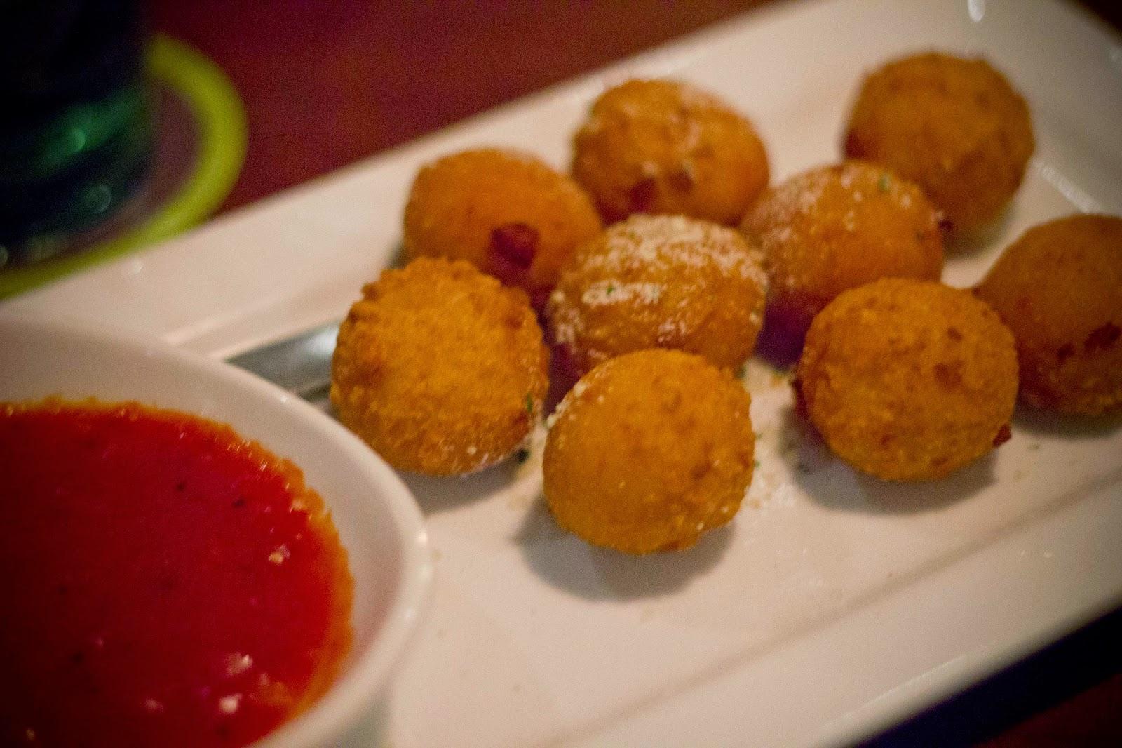 Squirrel Chatter: Rethinking Olive Garden: Menu Tasting & Brand Updates