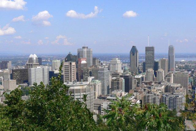 Vistas de Montreal desde el Parque Parc Mont-Royal en Montreal