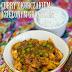Pikantne curry z kurczakiem, ziemniakami i zielonym groszkiem
