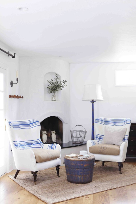 Inspiring interiors with a fresh mediterranean country vibe. Styling by @heather_bullard, photo by Victoria Pearson