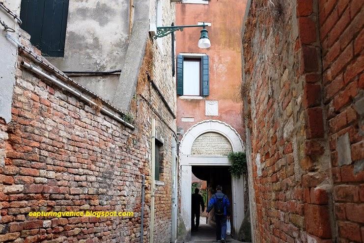 Sotoportego de la Corte Nova Castello Venice capturingvenice.blogspot.com