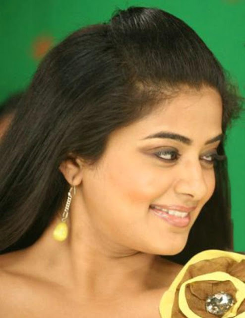 Priyamani Latest Hot Stills gallery pictures