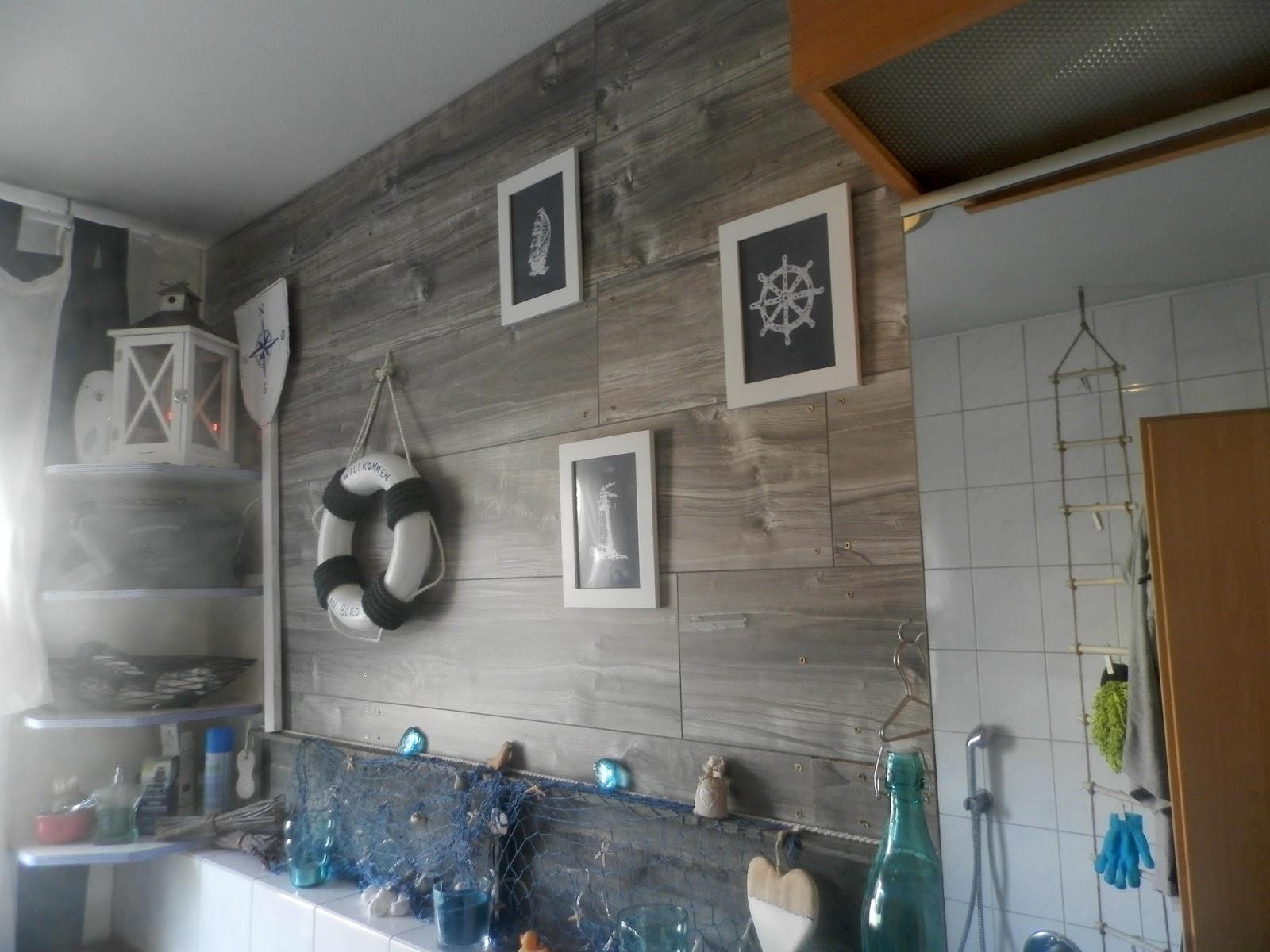 kreatesse versunken im k nstlerischen chaos. Black Bedroom Furniture Sets. Home Design Ideas