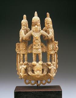 Waist african pensant from Benin