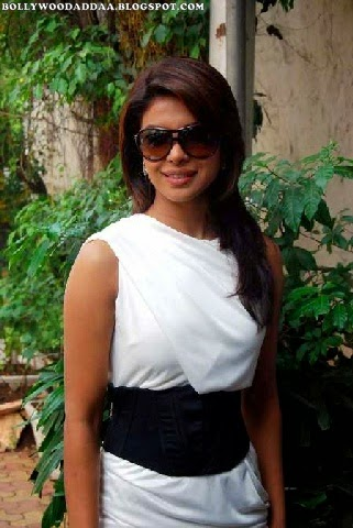 Priyanka Chopra wearing goggles hd pics in white black tight top hd pics