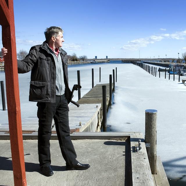 Kjeld Rasmussen ved havnen i Hvidovre