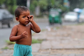 """rain picture;img src=""""http://1.bp.blogspot.com/-htgentRMSDQ/VbsSPMySAXI/AAAAAAAAAs8/07wpcLSXnAM/s1600/yuyuyyuy.jpg"""" alt=""""rain picture"""" />"""