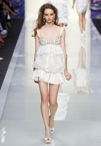 Ултра къса дантелена рокля от Roccobarocco