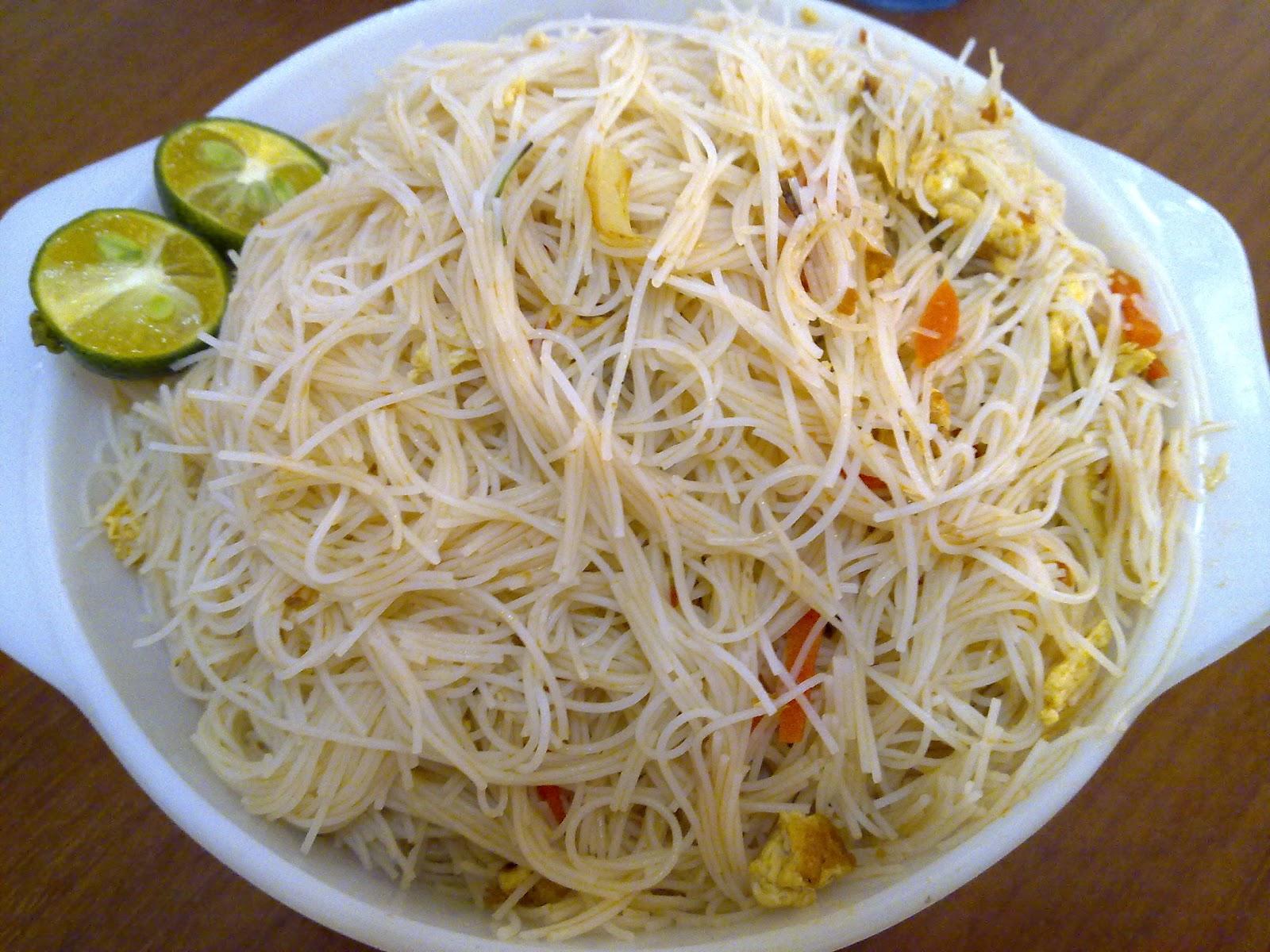 Peachpurple Hub: Spicy Tom Yam Rice Vermicelli( Tom Yam Beehoon)