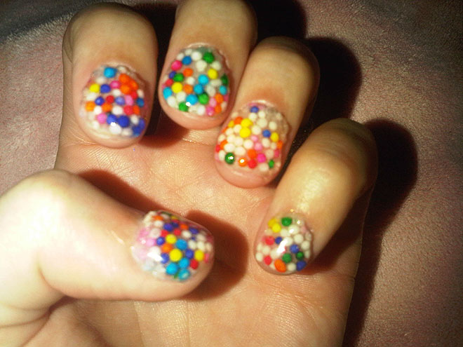 hollie takes notes: Katy Perry\'s Sprinkle Nails