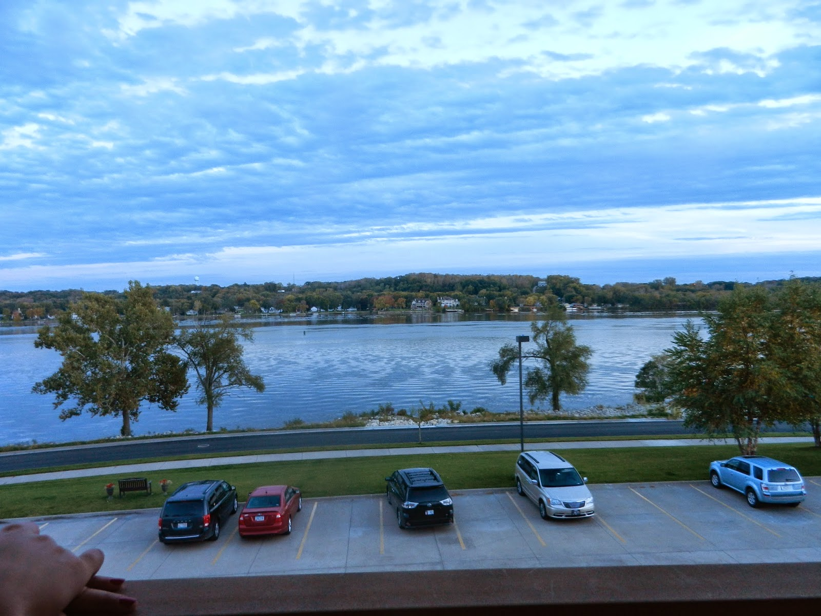hotel river view leclaire illinois