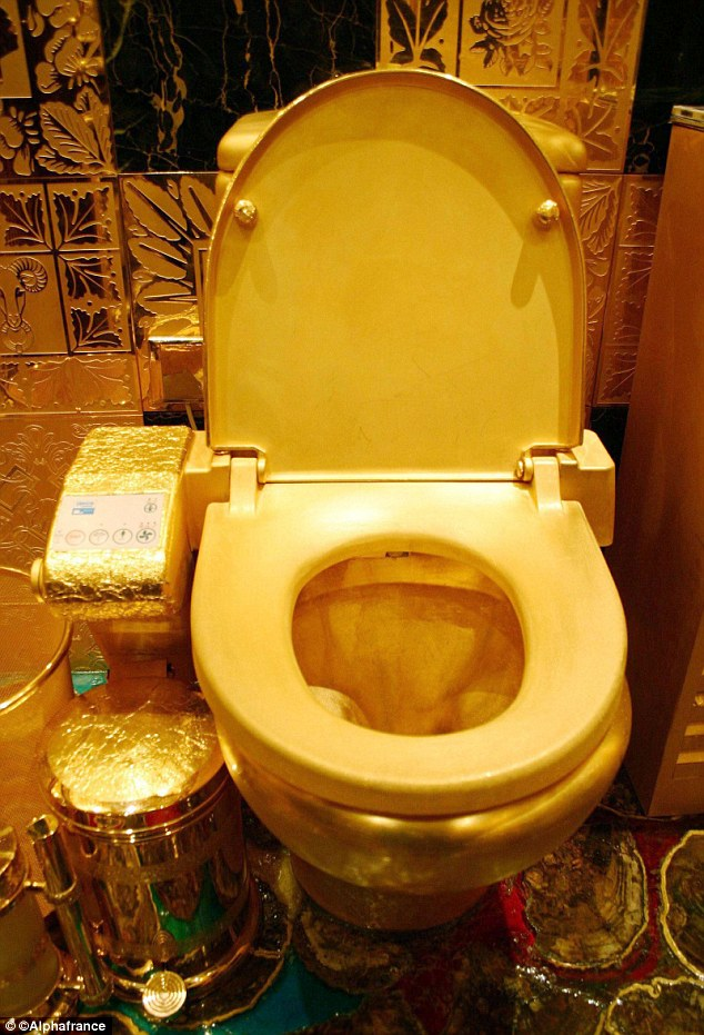 KIM AND KANYE SPLASH A WHOOPING 750 000 DOLLARS ON GOLD PLATED TOILET FOR THE