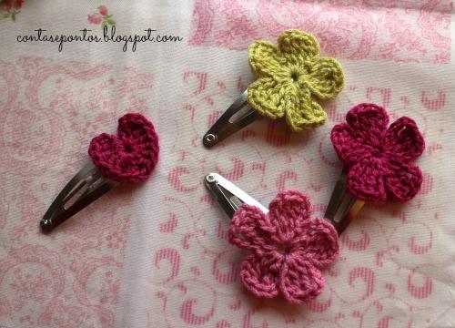 Ganchos em crochet - flores e corações