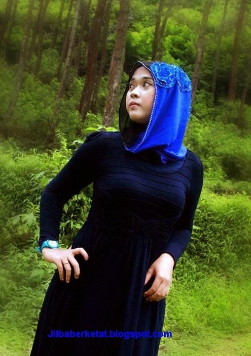 Para Foto Model Hijab Seksi dan Ketat