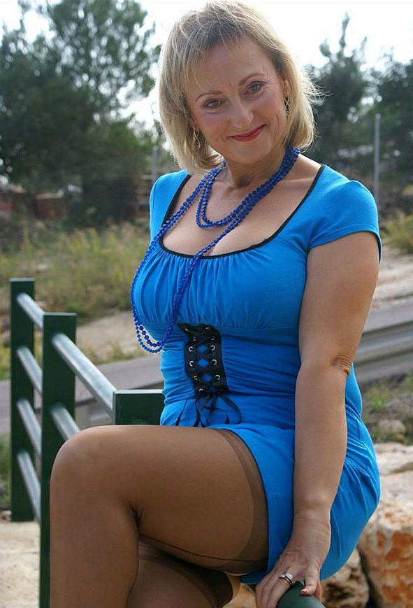Woman dating milf man