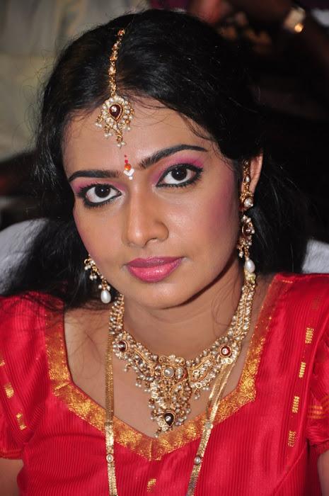 divya vishwanath @ puli vesham audio launch photo gallery