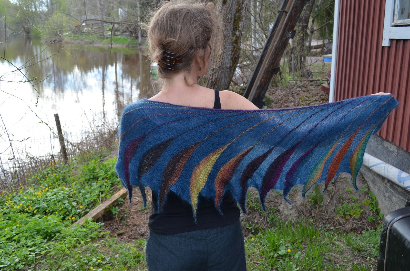 Dreambird Knitting Pattern : Bewitched fingers: Dreambird