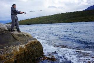 Echecs à Tromsø : Kramnik lors de la journée de pêche