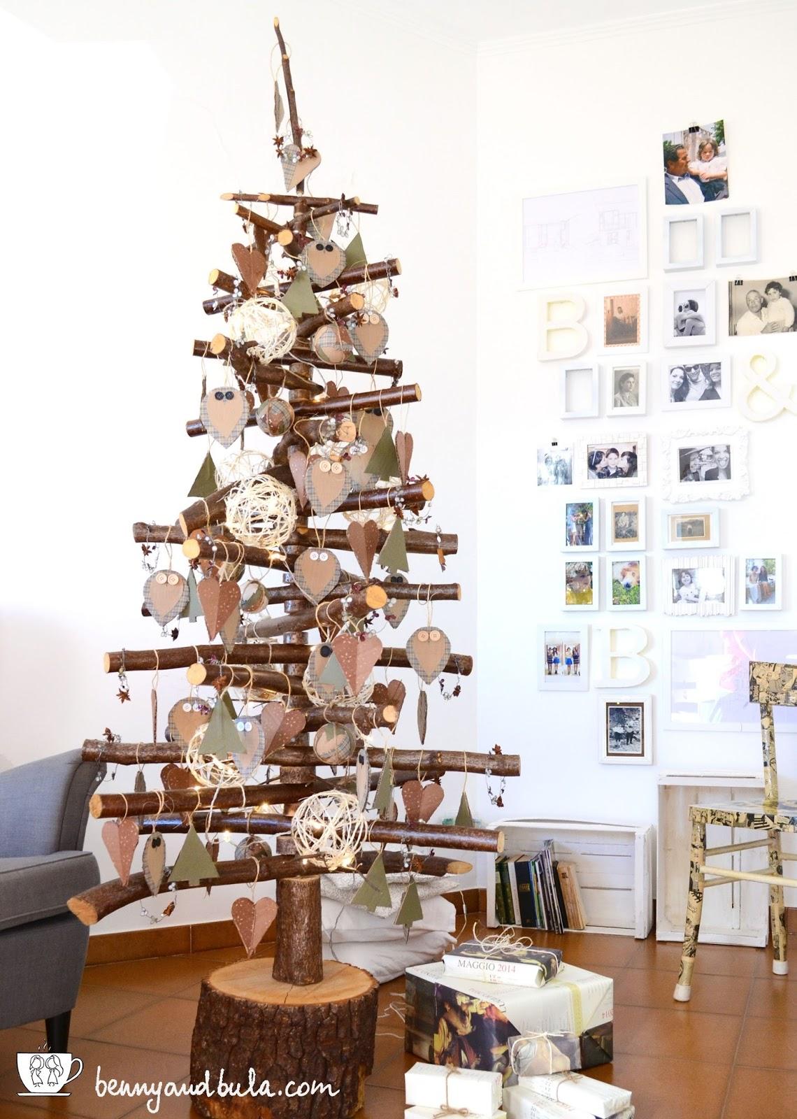 Benny bula 5 natale 2015 sveliamo l 39 albero christmas for Albero di natale di legno