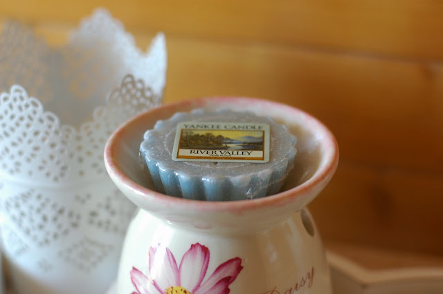 `Yankee Candle - River Valley