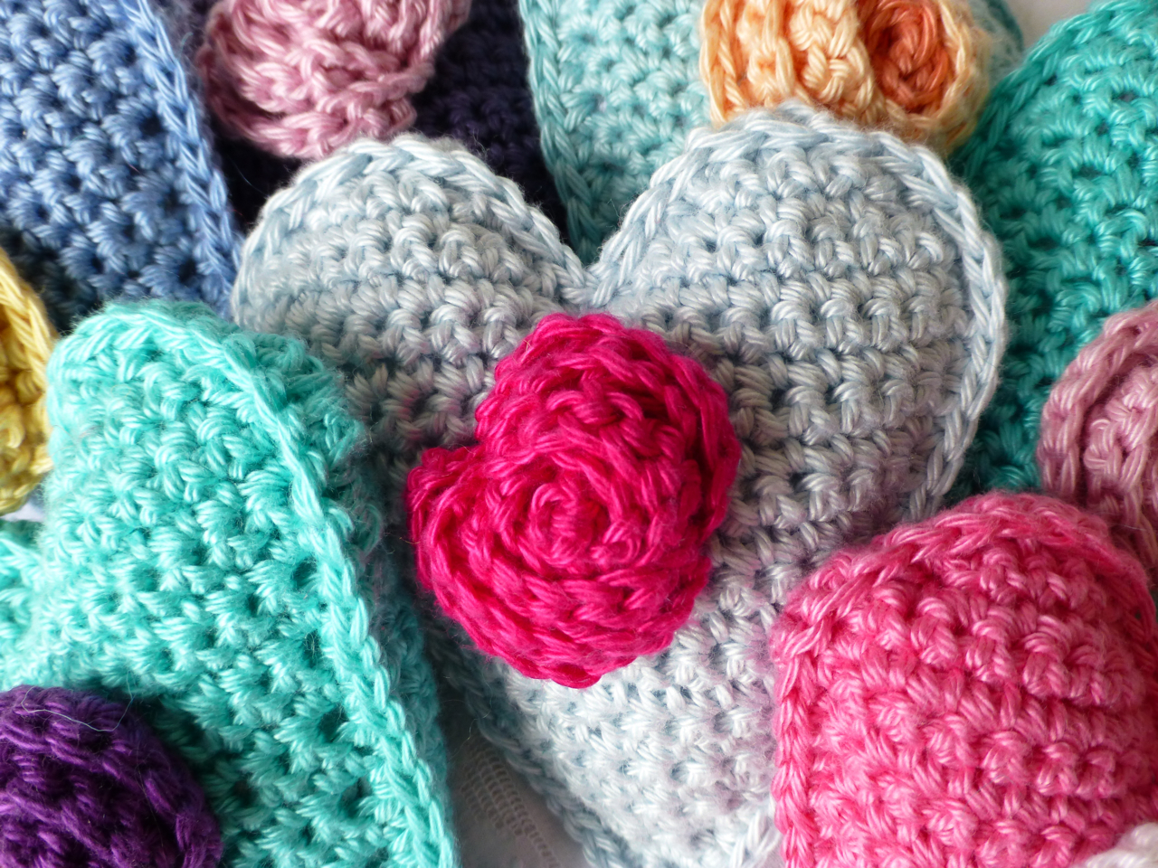 Mrs thomasina tittlemouse crochet and pom pom hearts crochet and pom pom hearts bankloansurffo Images